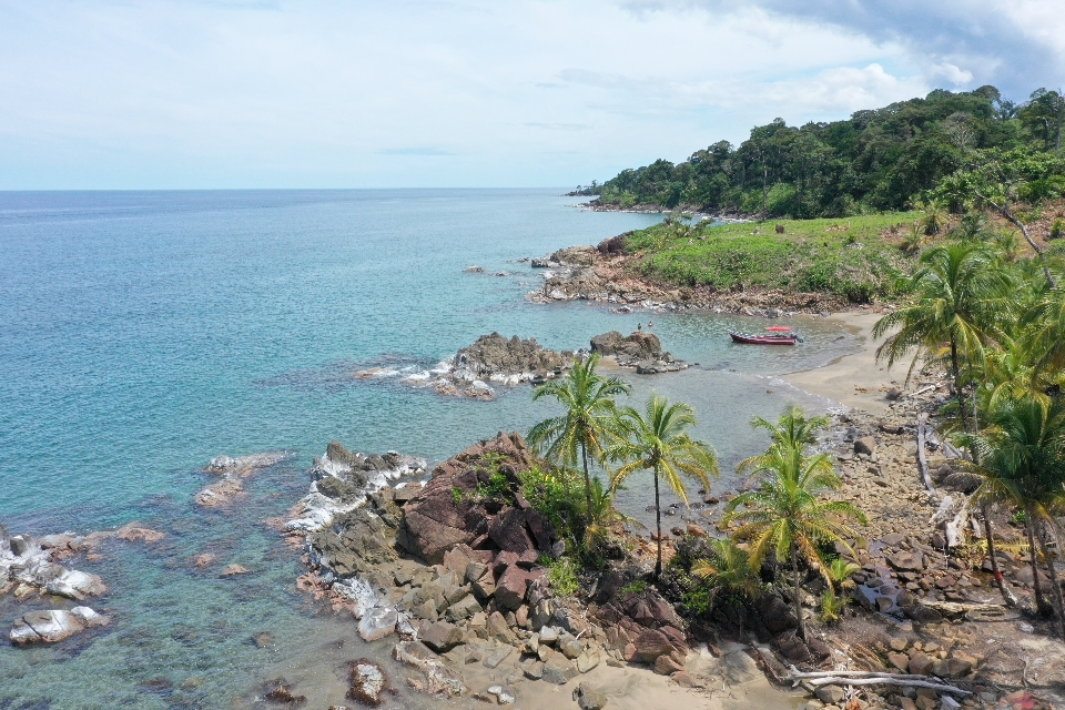 Caribbean-beach-ocean-front-lots-Panama-for-sale (8)